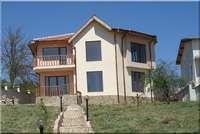 Двуетажна къща до Камчия