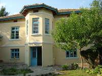 Двуетажна къща Попово
