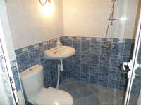 Bathroom_-_2.jpg